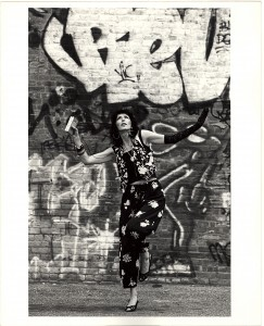 GRoth_b&w dancing in front of grafitti with walkman